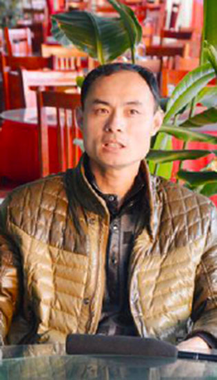 绿色餐饮大王来自蓝翔——烹饪专业成功学员 岳登才